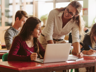 Should Digital Marketing Be Taught in High School?